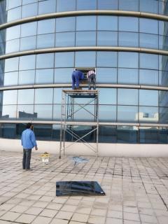 南京中兴研发楼破损玻璃维修