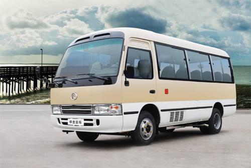 金龙18座客车