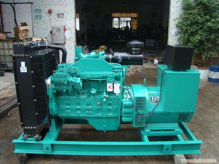 康明斯1100KW发电机组