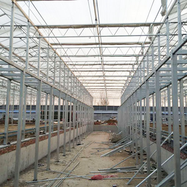 新型温室大棚拱架的三个特点