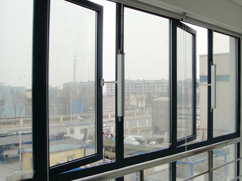 耐火窗、防火窗及镶玻璃构件的关系