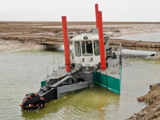 马来西亚HID2510P抽砂船