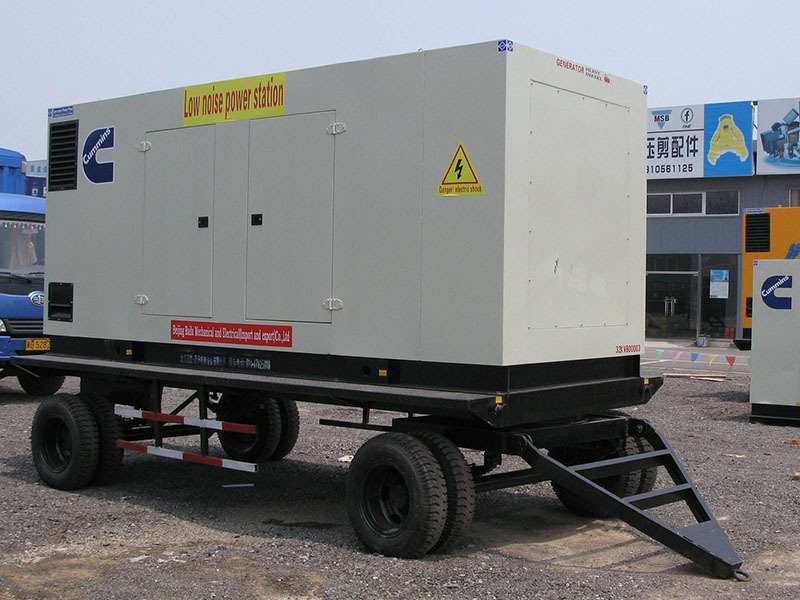 「拖车发电机组订制」发电机组的主要特性及是由于什么原因失磁
