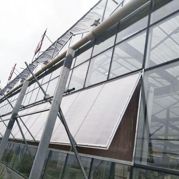 河南阳光板玻璃温室通风的必要