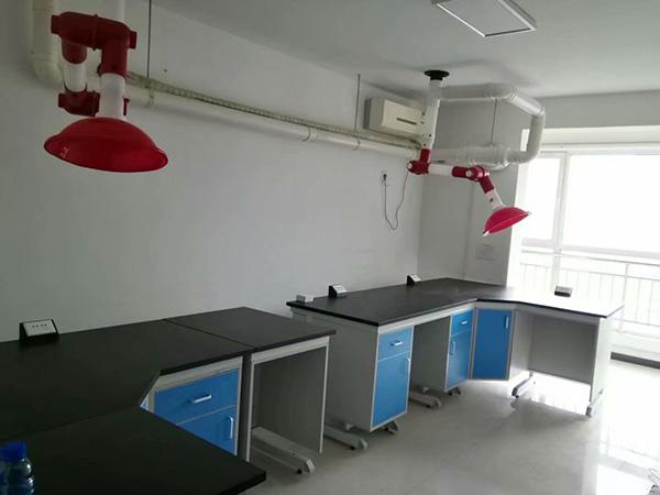 如何做好实验室家具的保养?
