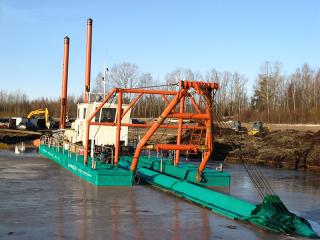 俄罗斯HID4016P挖泥船