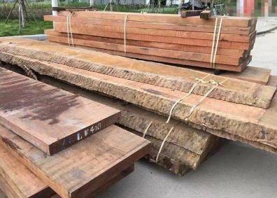 重庆黄花梨实木板材找哪家,南平哪里能买到物超所值的黄花梨实木板材