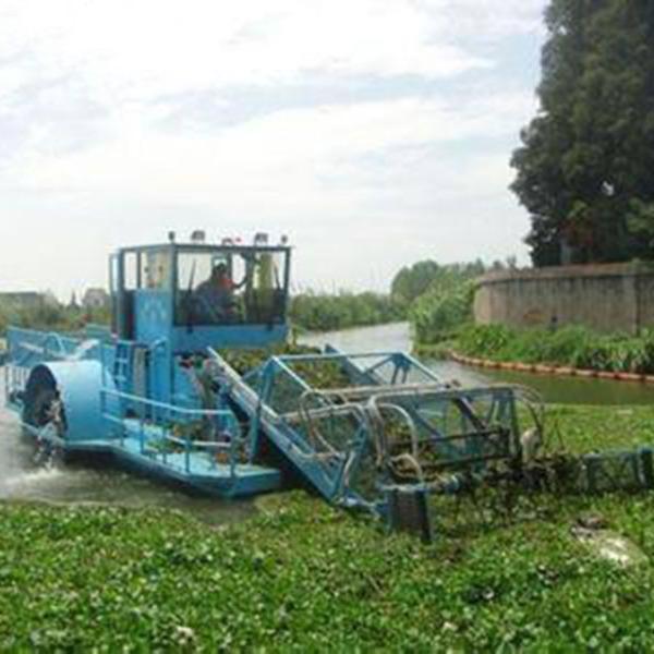 水葫芦收集船