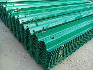 哪儿有卖高质量的波形护栏-庆阳护栏厂家