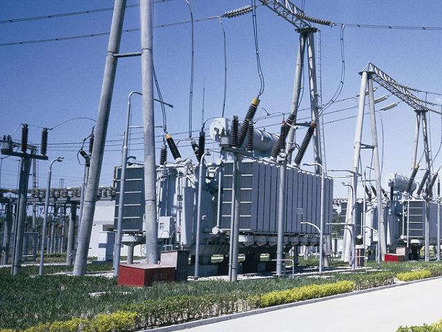 鞏義電力搶修單位