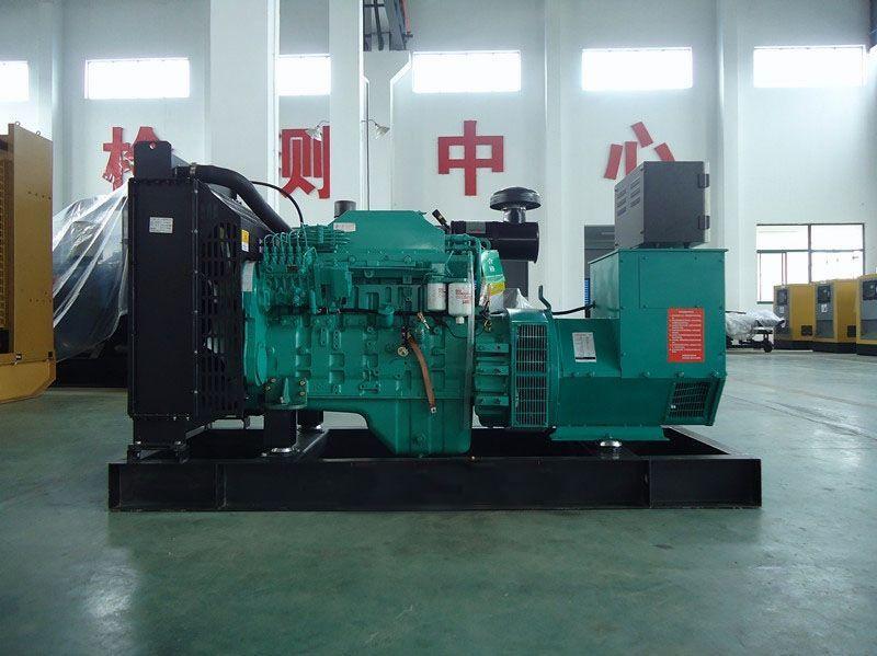 900KW康明斯发电机组